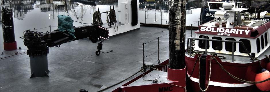 Millennium marine Contractors Crane Barge MCA certified